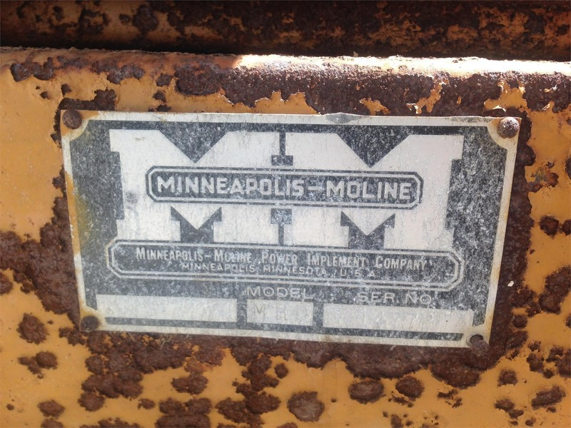 Minneapolis-Moline MHD Grinders and Mixer
