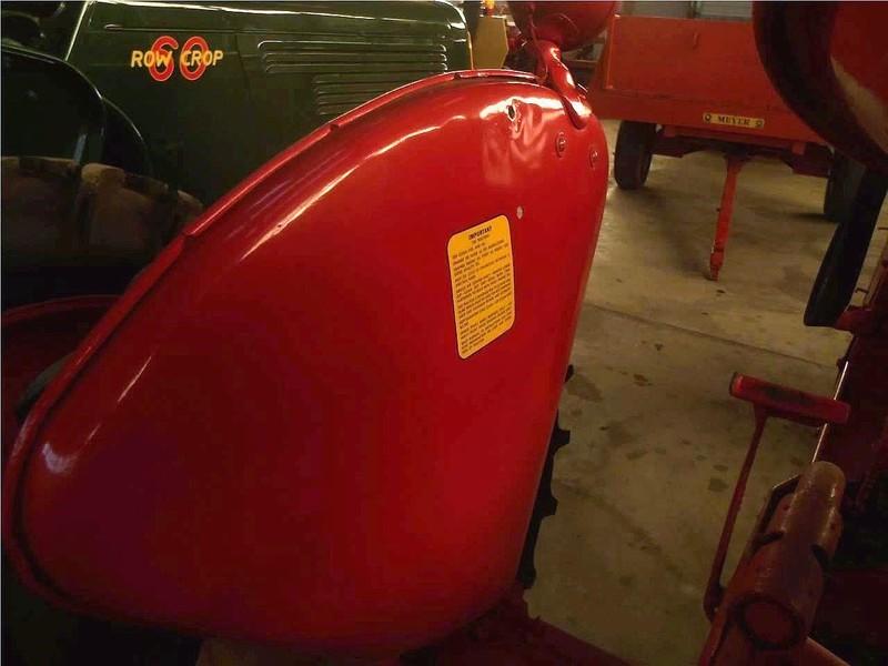 1948 Cockshutt 60 Tractor