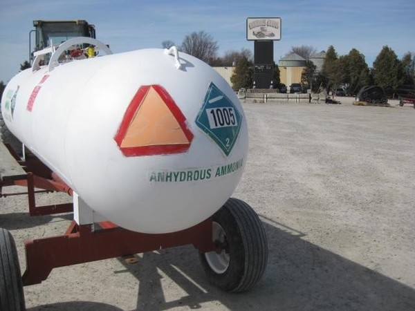 Unknown 1000 GALLON NH3 TANK Tank