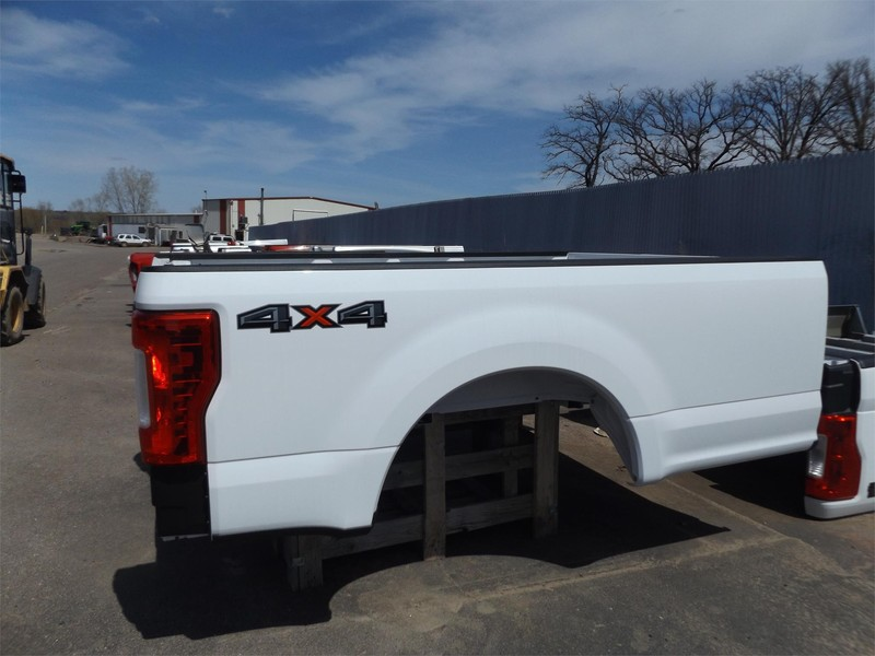 2017 Ford 8 ft Truck Bed