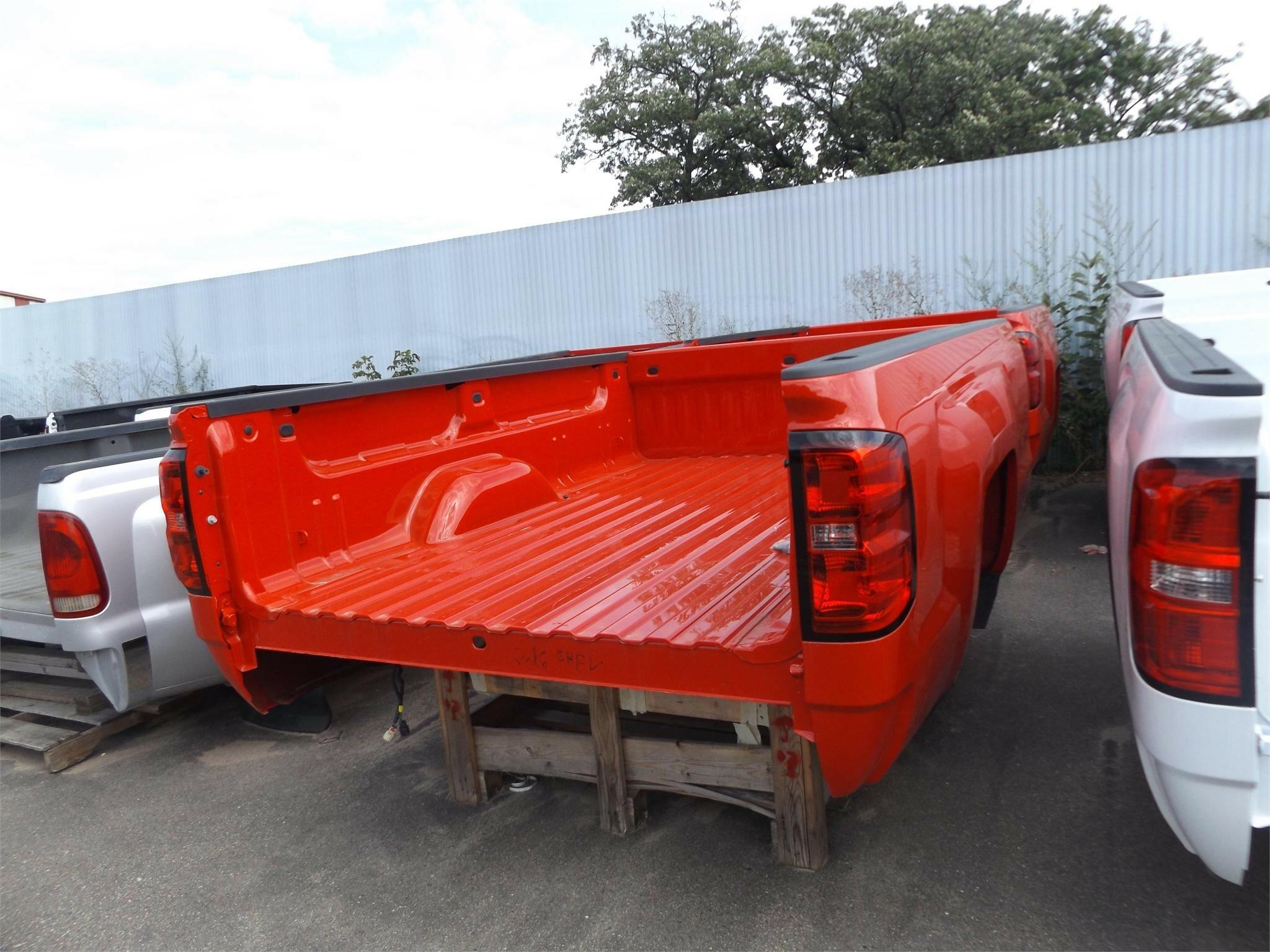 2016 Chevrolet 8 ft Truck Bed