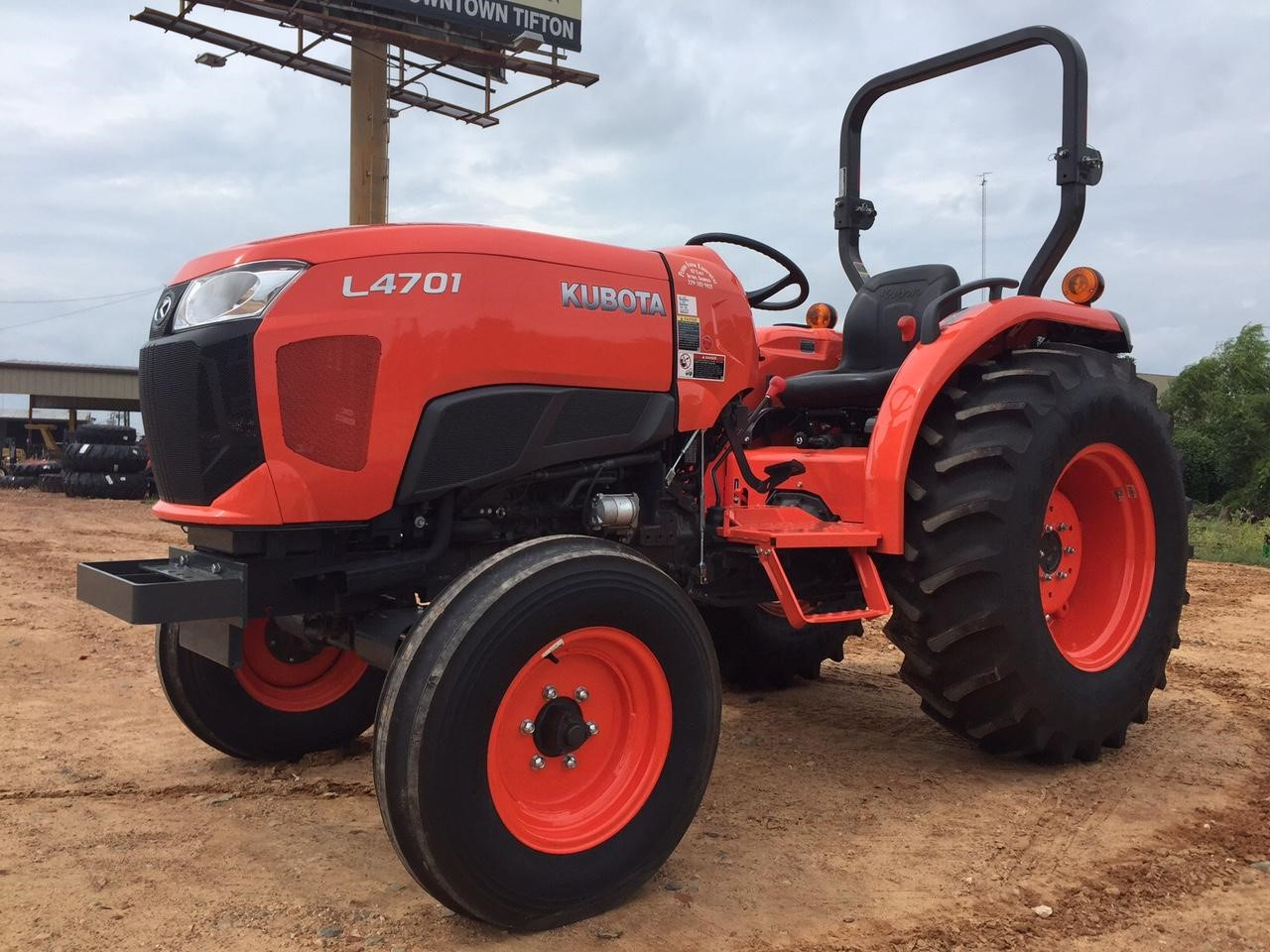 2021 Kubota L4701F Tractor