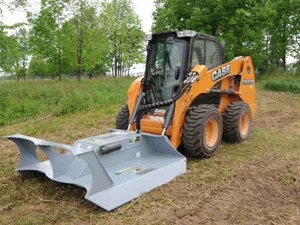 BaumaLight CF560 Loader and Skid Steer Attachment