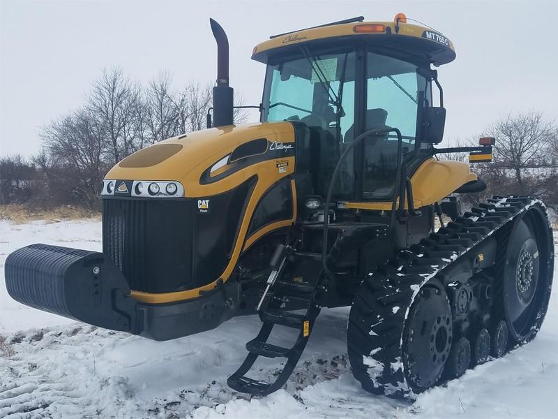 2011 Challenger MT765C Tractor
