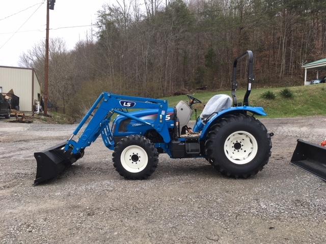 2020 LS XU6168 Tractor
