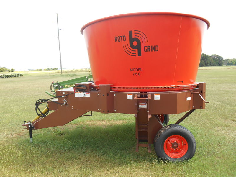 2021 Roto-Grind 760 Grinders and Mixer