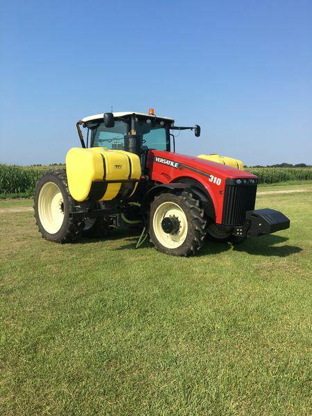 2016 Versatile 310 Tractor