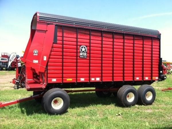 2018 Meyer 4620 Forage Wagon