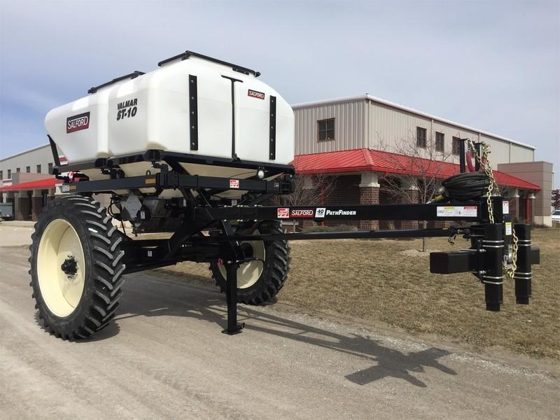 2018 Valmar ST10 Pull-Type Fertilizer Spreader