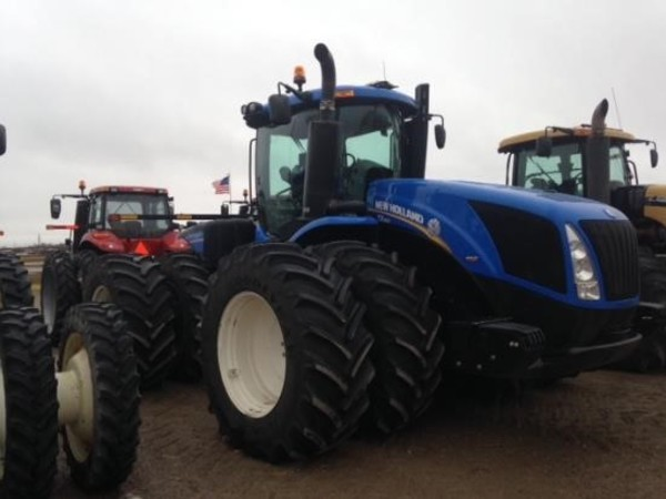 2011 New Holland T9.560 Tractor