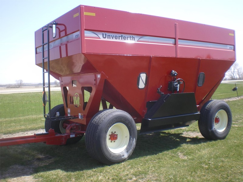 2016 Unverferth 530 Gravity Wagon