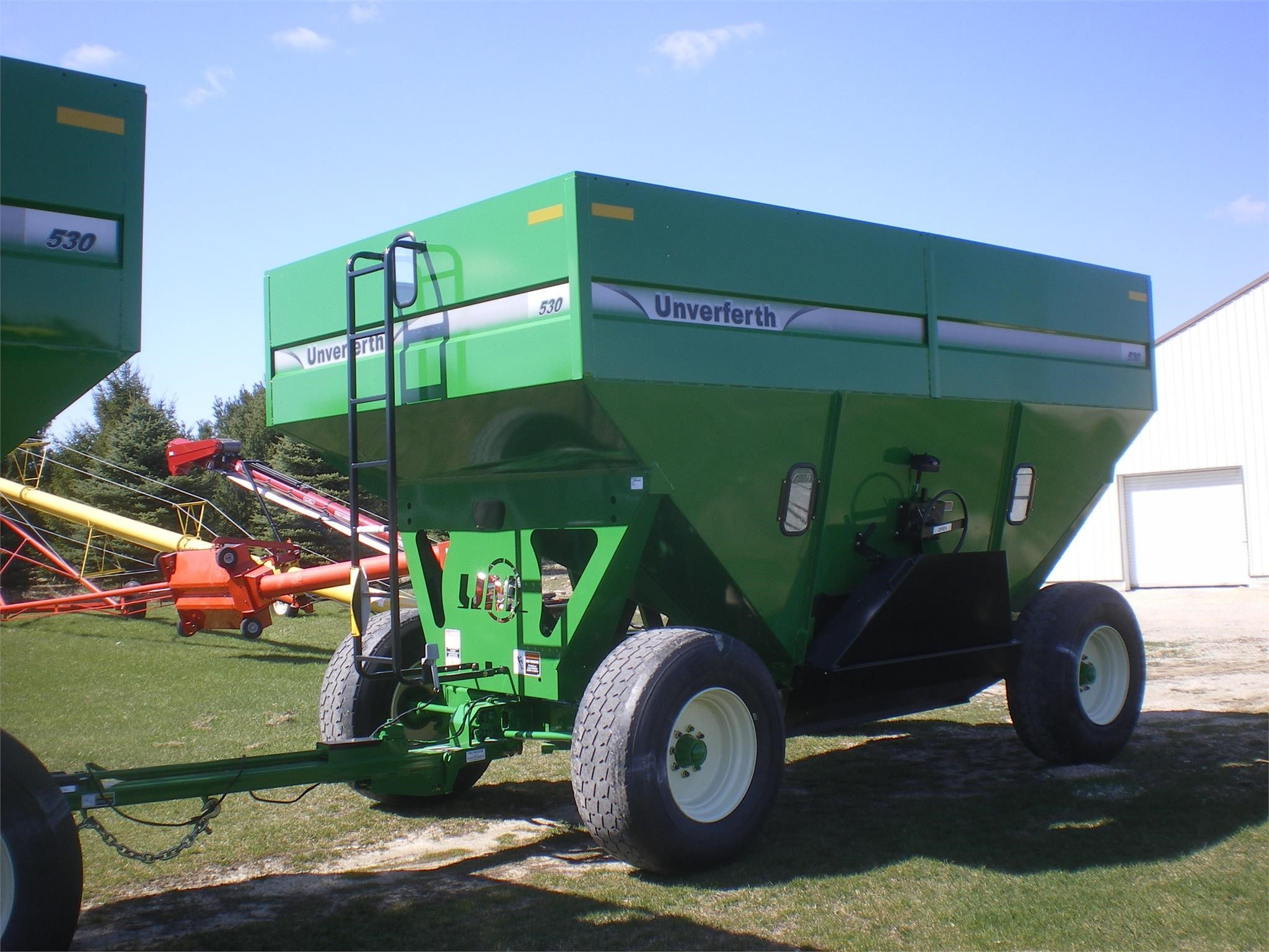 2016 Unverferth 530 Gravity Wagon