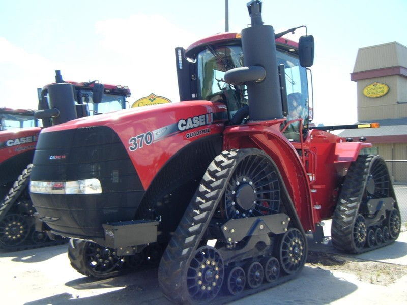 2015 Case IH Steiger 370 RowTrac Tractor