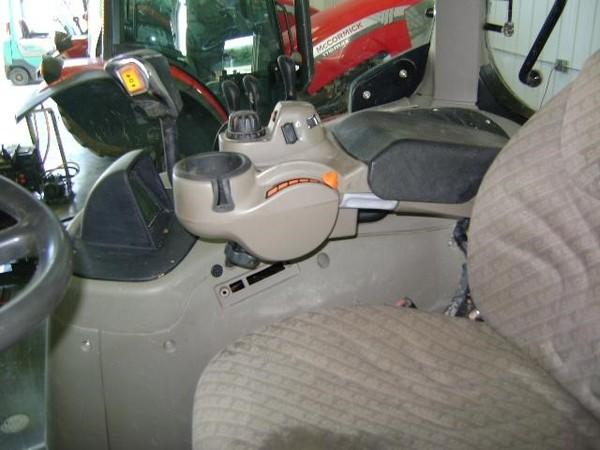2009 Case IH Puma 140 Tractor