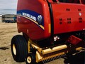 2017 New Holland Roll-Belt 560 Round Baler
