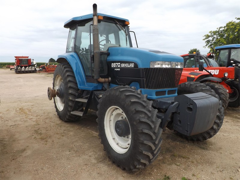 1995 New Holland 8870 Tractor
