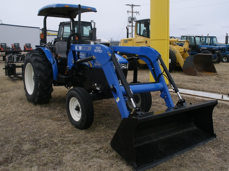 2010 New Holland Workmaster 75 Tractor