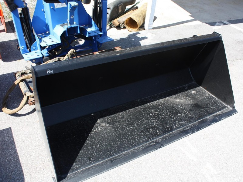 Alo-Quicke 170C Loader and Skid Steer Attachment
