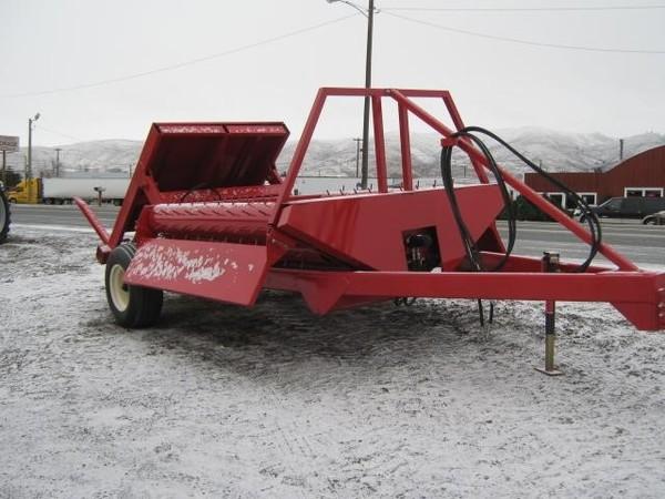 Robbco HD2BF Feed Wagon