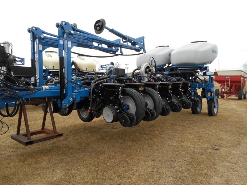 Kinze 4900 Planter Marshalltown Iowa Machinery Pete