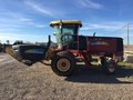 2007 New Holland H8040 Self-Propelled Windrowers and Swather