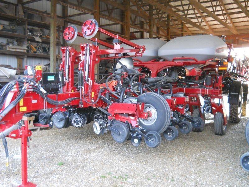 2016 Case IH 1255 Planter