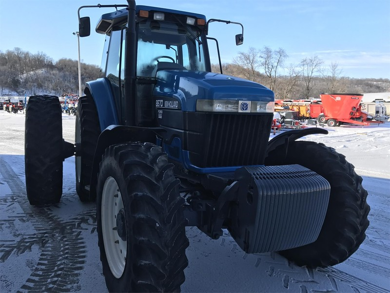 1997 Ford New Holland 8670 Tractor