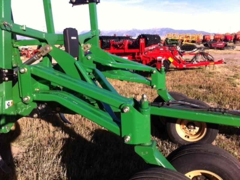 Great Plains 6327UC Chisel Plow