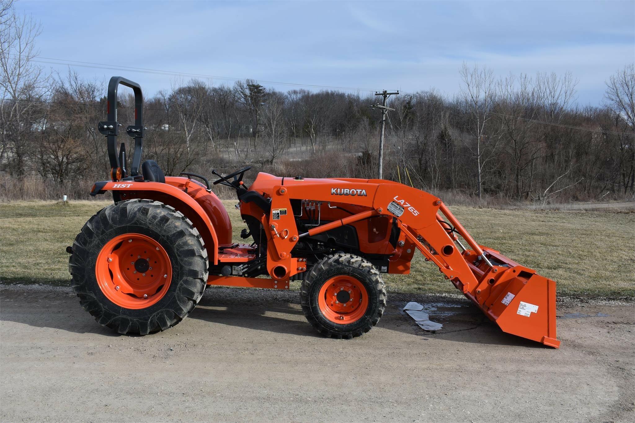 2021 Kubota L4701 Tractor