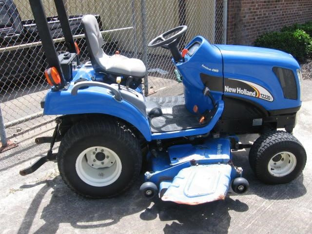 2007 New Holland TZ22DA Tractor