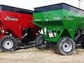 2016 Demco 450 Gravity Wagon