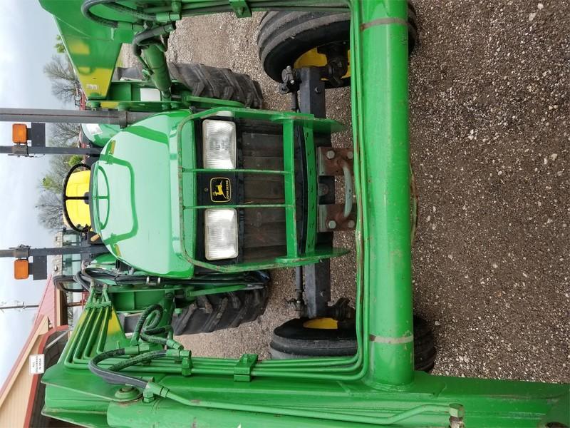 2000 John Deere 5205 Tractor