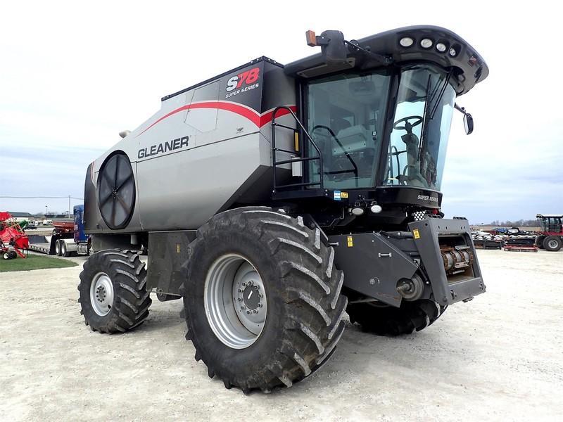 2014 Gleaner S78 Combine