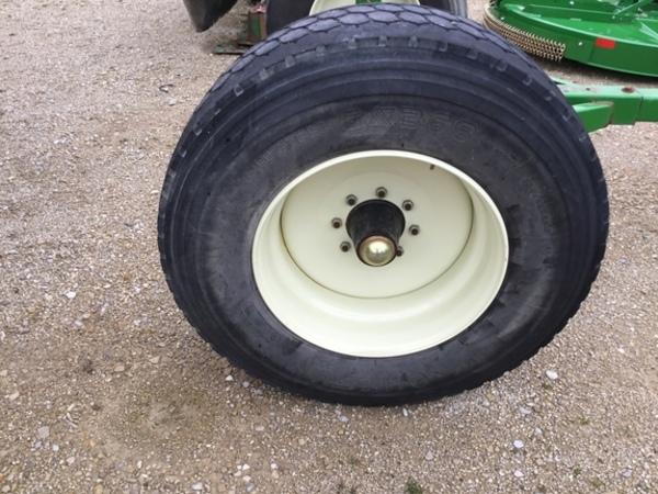 Unverferth 13T Gravity Wagon