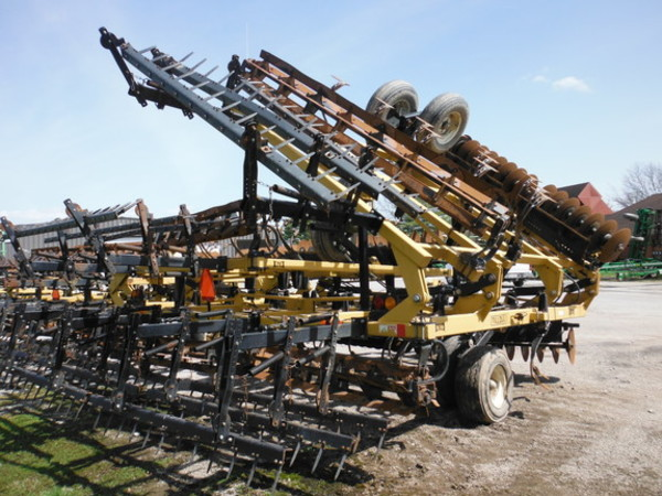 2009 Landoll 876-35 Tilloll Soil Finisher