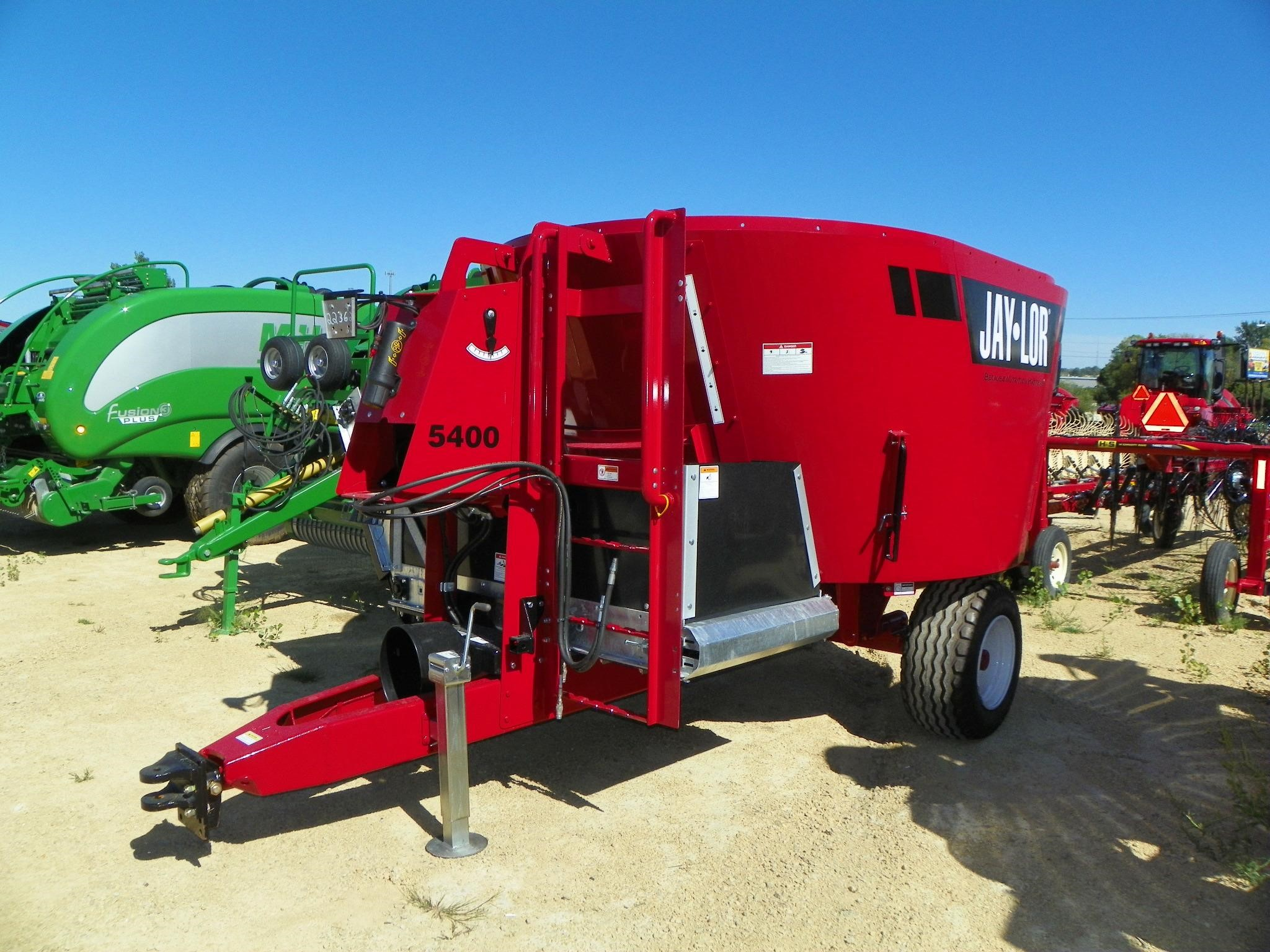 2021 Jay Lor 5400 Grinders and Mixer