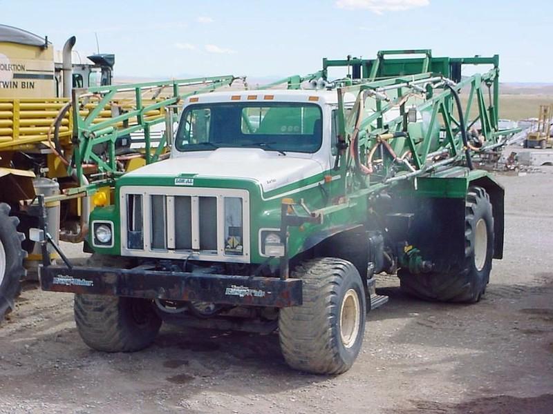 1994 Loral Easy Rider 3700 Self-Propelled Fertilizer Spreader