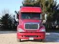 2007 Freightliner Columbia 120 Semi Truck