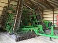 2004 John Deere 726 Soil Finisher