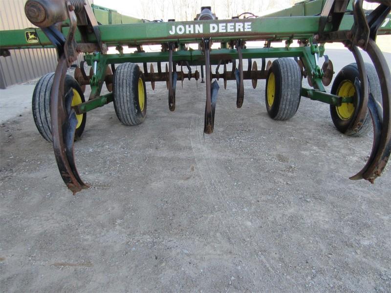 1997 John Deere 714 Disk Chisel