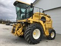 New Holland FX28 Self-Propelled Forage Harvester