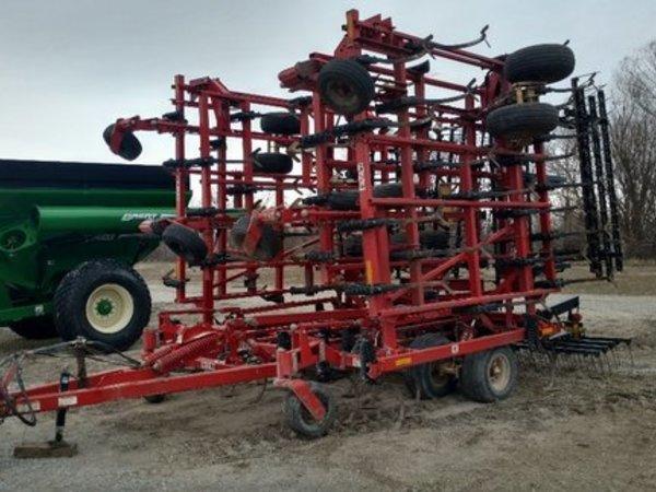 2008 Krause 5630 Field Cultivator