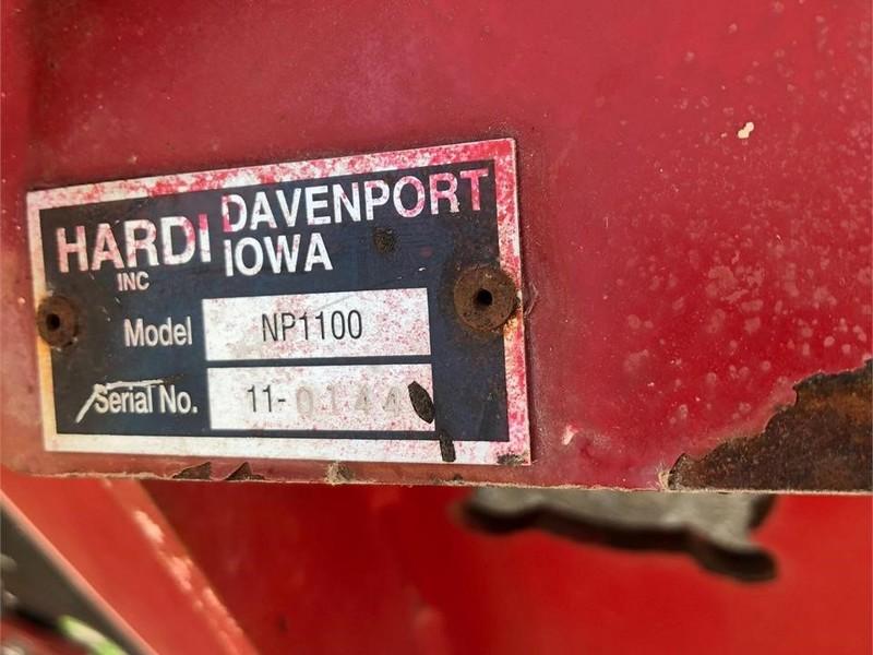 Hardi Navigator NP1100 Pull-Type Sprayer