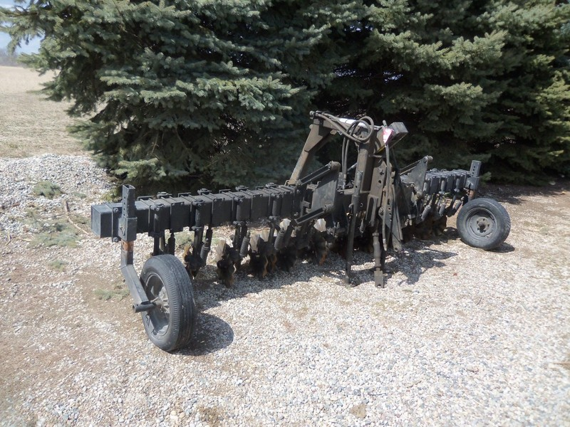 Used Yetter 6700 Planter And Drill Attachments For Sale Machinery Pete
