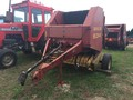 2005 New Holland 634 Round Baler