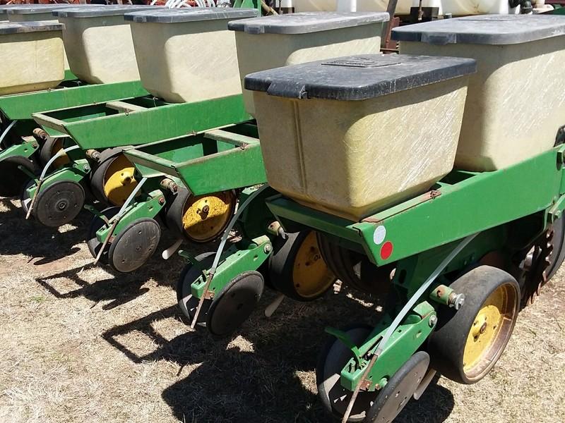John Deere 7100 Planters For Sale Machinery Pete