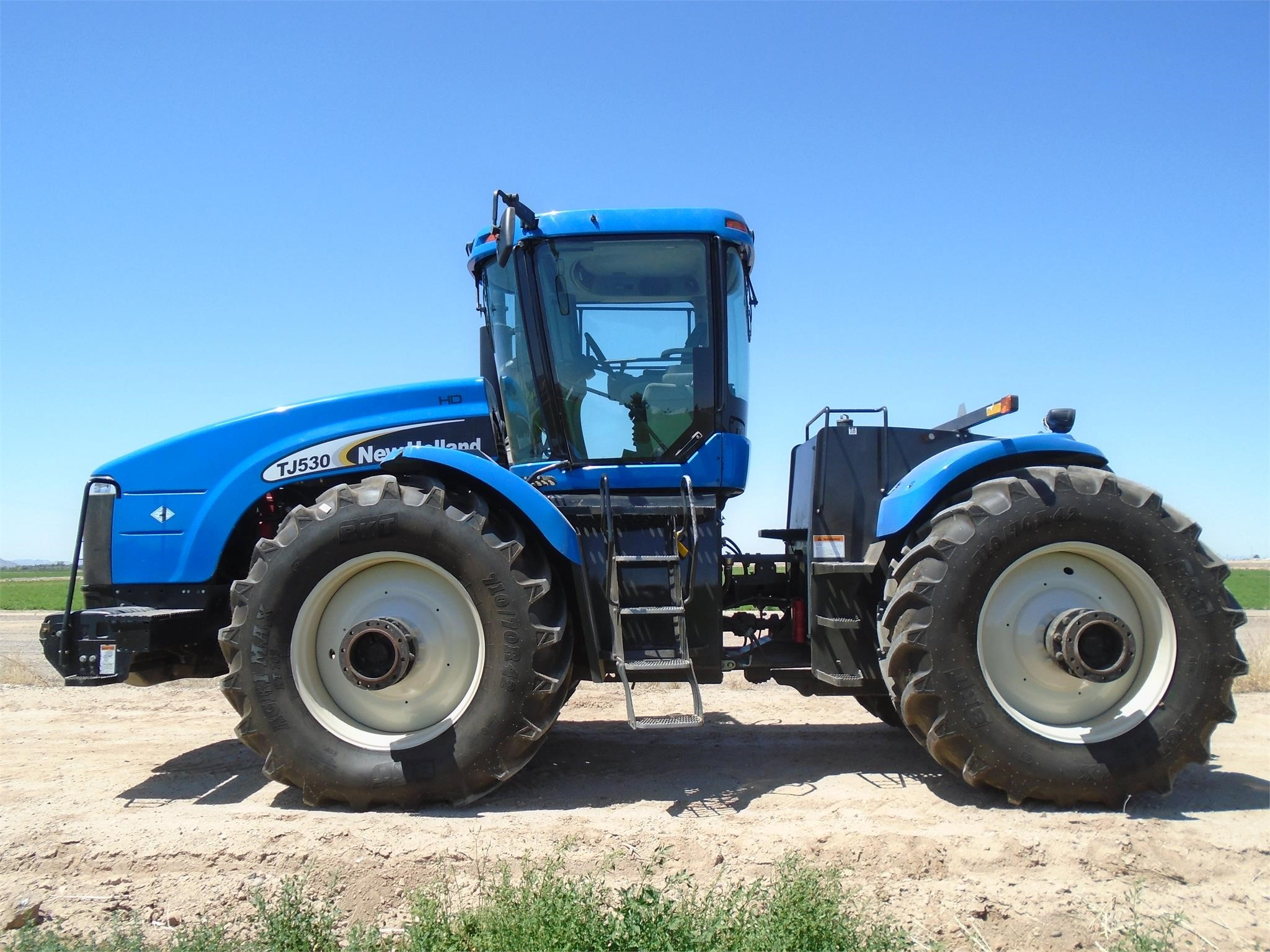 2007 New Holland TJ530 Tractor