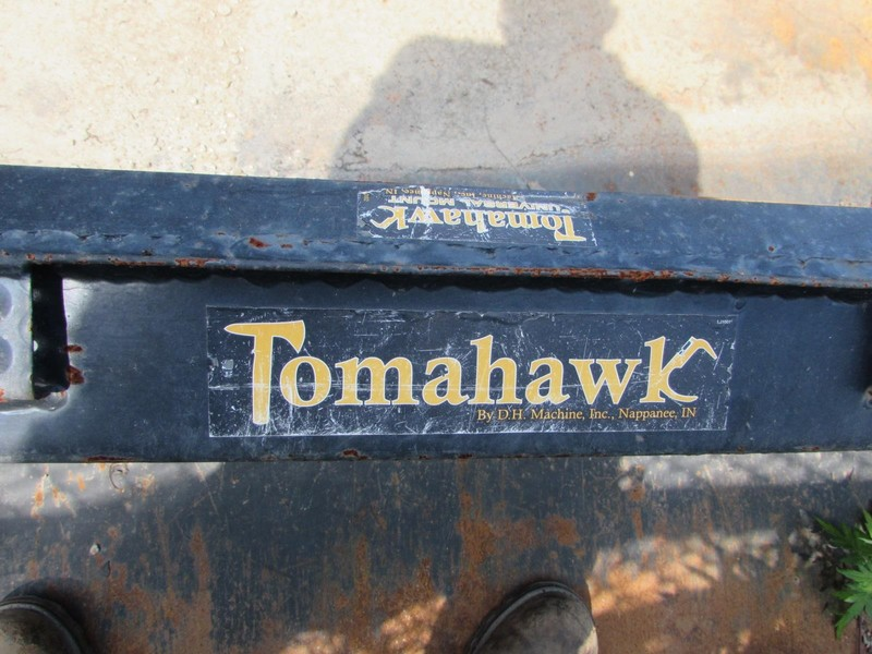 Tomahawk 72 HD Loader and Skid Steer Attachment