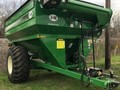 2017 J&M 875-18 Grain Cart