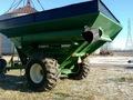 1996 Brent 874 Grain Cart